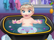 Play Baby Elsa Bathing