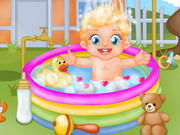 Play Baby Lizzie Outdoor Bathing