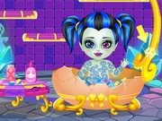 Play Baby Monster High Shower Fun