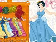 Play Beautiful Snow White