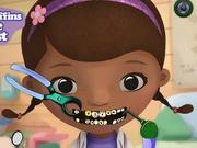 歯医者でドックはおもちゃドクター