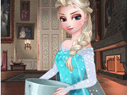 Play Elsa Ice Bucket Challenge
