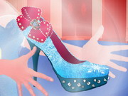 Play Elsa Magic Shoes
