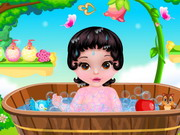 Play Fairytale Baby Snow White Caring