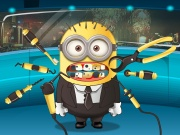 Play Minion Tooth Problems
