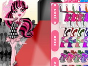 Play Monster High Fashionista Draculaura