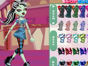 Play Monster High Frankie Stein Style
