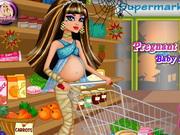 妊娠中のクレオ・デ・ナイルベビーショッピング