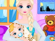 Play Queen Elsa Give Birth