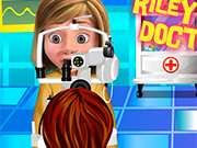 Play Riley Eye Doctor