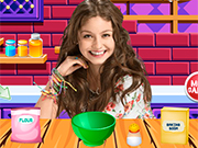 Play Soy Luna Cooking Cookies
